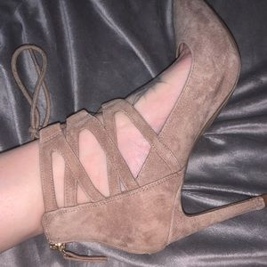 Nine West lace up gladiator heels sexy 8